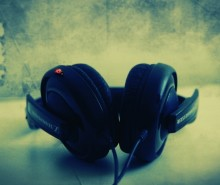 Headphones-s_b