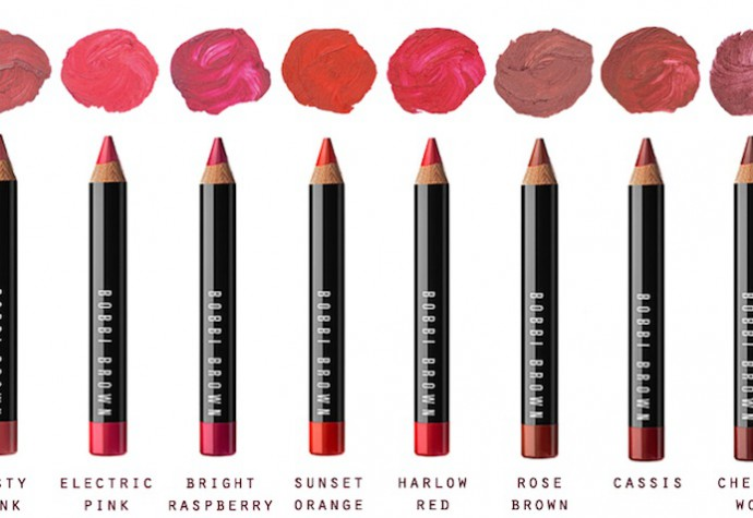 Art sticks by Bobbi Brown available in Abu Dhabi