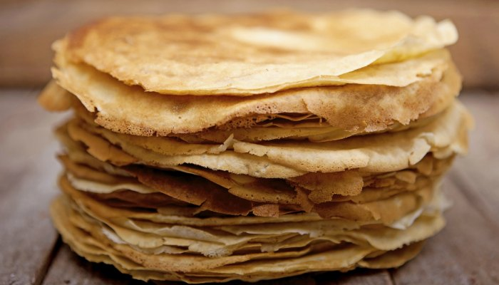 Traditional thin French crepes recipe