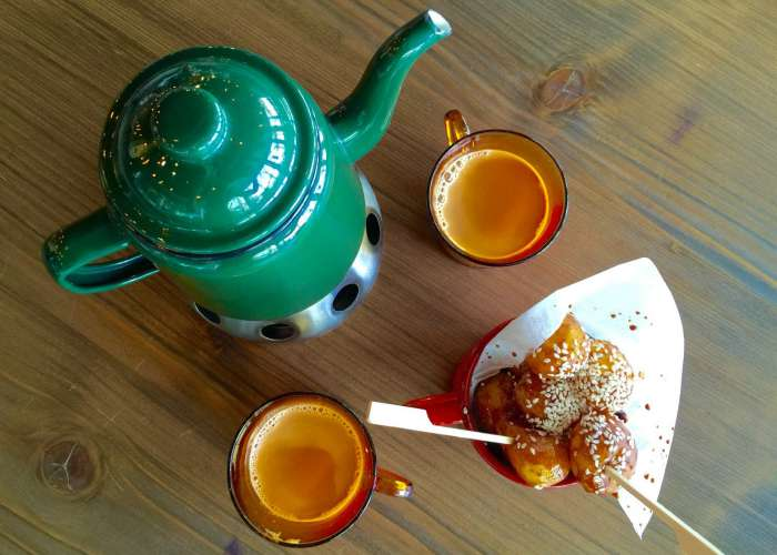 Meylas Legeimat with karak tea