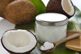 DIY COCONUT OIL BEAUTY PRODUCTS