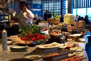 ENJOY A STYLISH SETTING LIVELY ATMOSPHERE AND CULINARY FEAST FOR BRUNCH