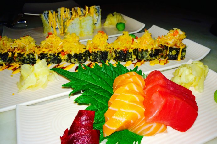 Maki rolls and sashimi at Teatro Abu Dhabi