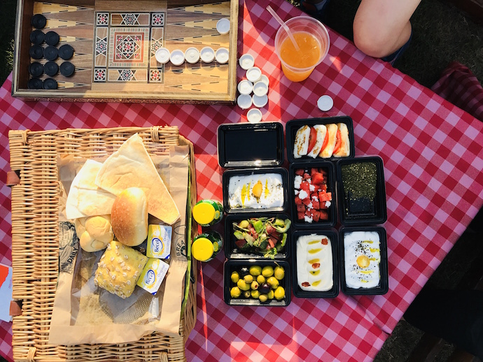 Breakfast included in the Glamping Experience in Abu Dhabi