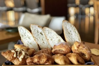 Brunch Parisienne Westin Basket of French viennoiseries
